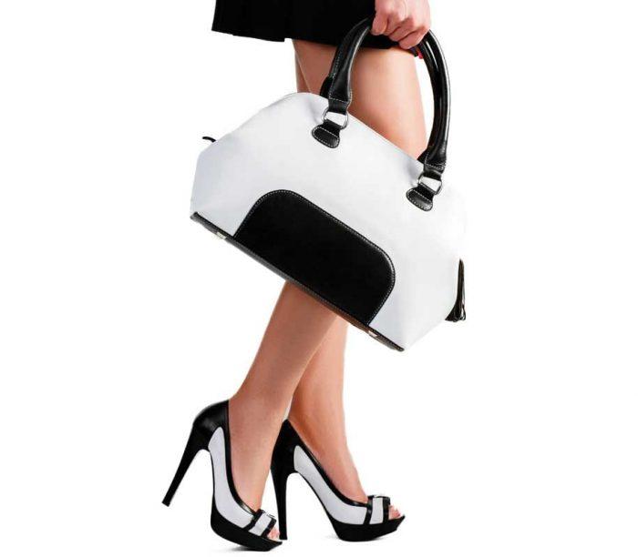 Hand Bag Selection