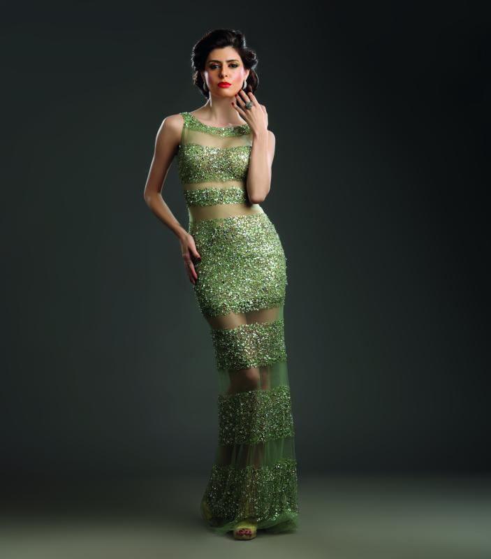 पार्टी सीज़न में मिस गॉर्जियस कहलाने के लिए पहनिए शिमरी-शाइनी पार्टी ड्रेसेज़.