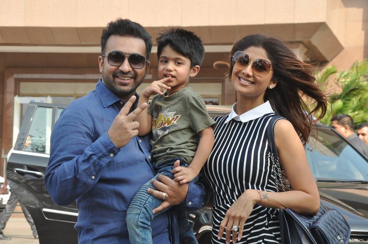 Raj-Kundra-Shilpa-Shetty-with-son-Viaan