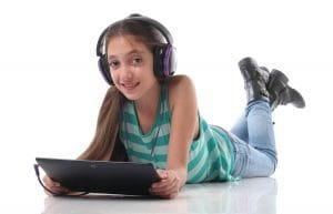 क्या आप जानते हैं अपने बच्चों के सोशल मीडिया अकाउंट्स के बारे में?