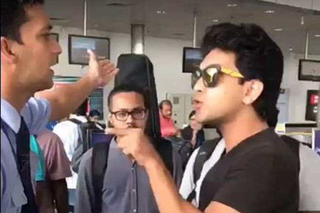 Aditya Narayan misbehaves airlines staff