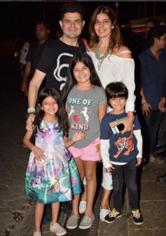 Shah Rukh Khan, AbRam and Amitabh Bachchan