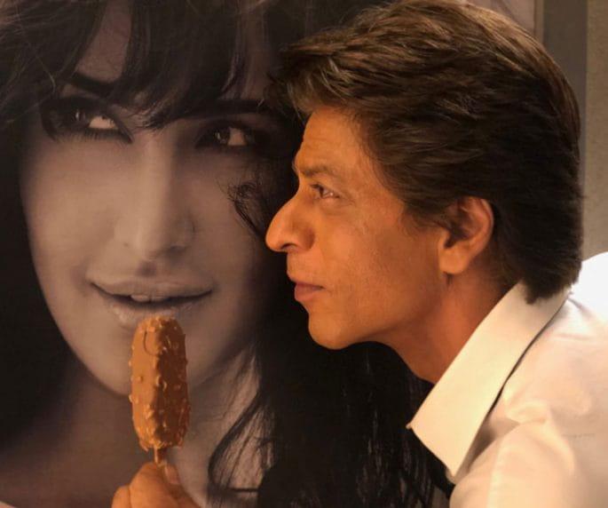 Shahrukh Khan, Ice creme, Katrina's poster, Katrina Kaif