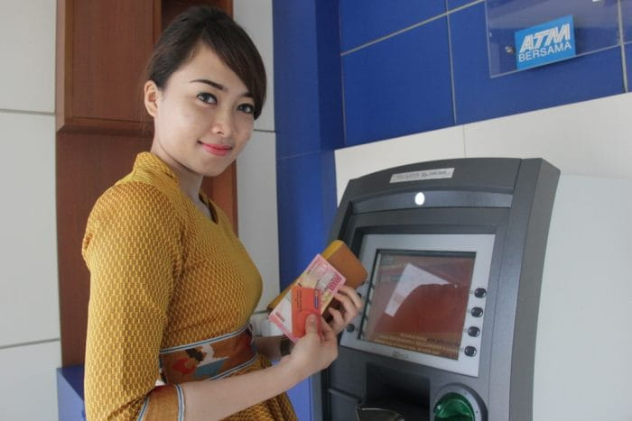 ATM Card Safety Tips