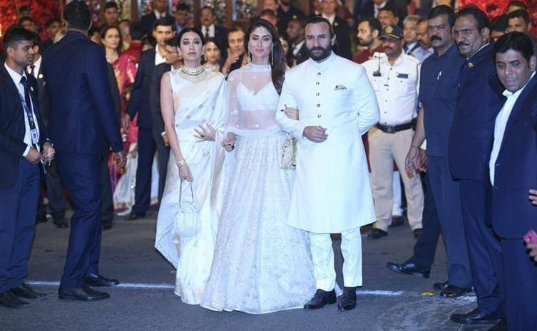 Saif And Kareena At Isha Ambani's Wedding