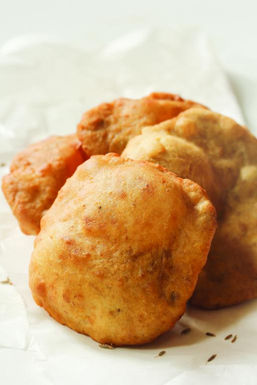 Stuffed Dal Puri
