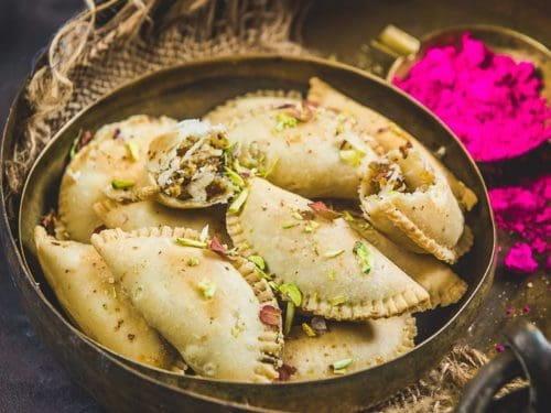 Baked Moongdal Gujhiya