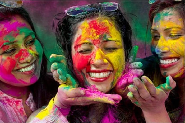 Ways To Remove Holi Colours