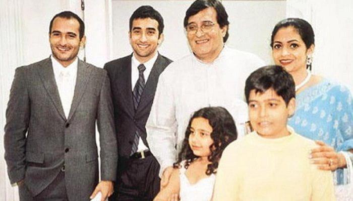 Vinod Khanna's Family