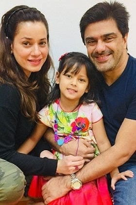 salim soni and mila korai with daughter