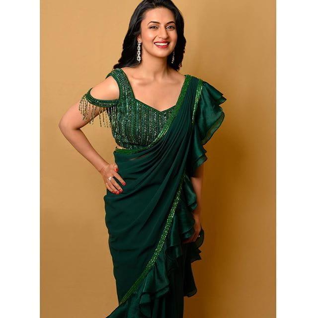 Divyanka Tripathi Dahiya blouse design