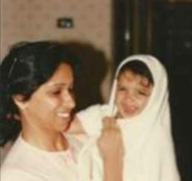 Deepika Padukone cute childhood pic