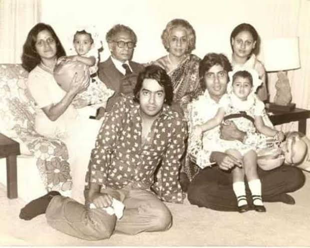 Amitabh Bachchan With Mom Teji Bachchan
