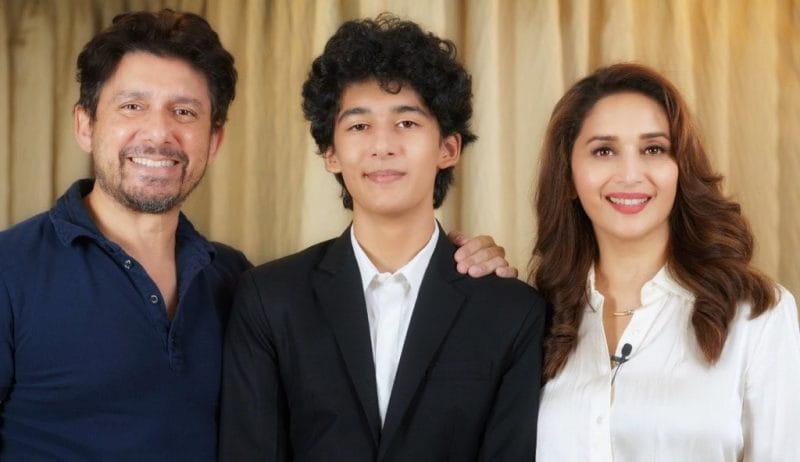 Madhuri Dixit family pic