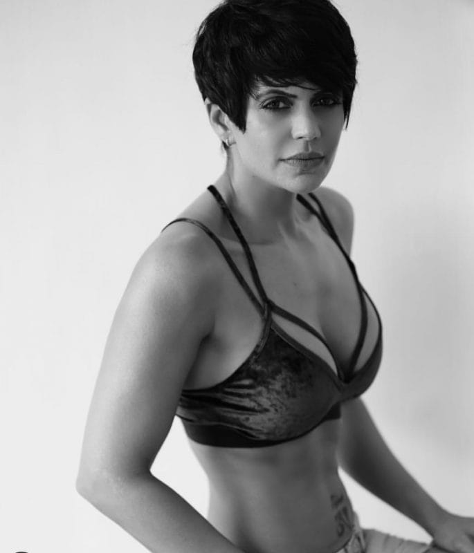Mandira Bedi hot in bikini shoot