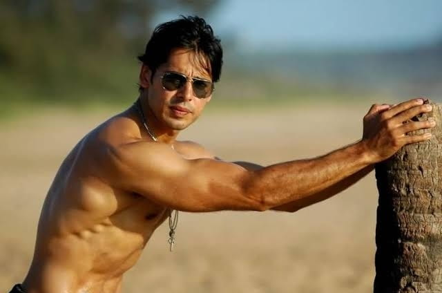 Dino Morea hot photo shoot