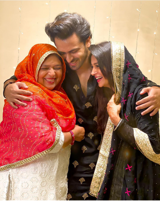 Dipika And Shoaib celebration Eid with family