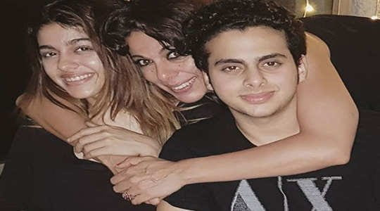 Pooja Bedi with Her Daughter and husband