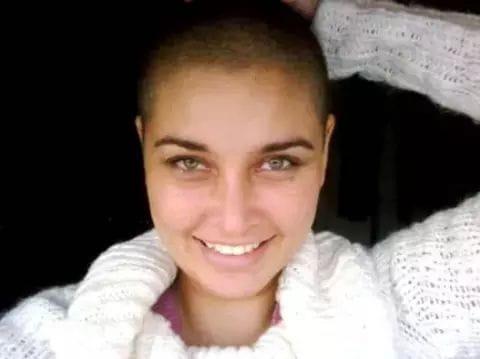 Lisa ray bald look