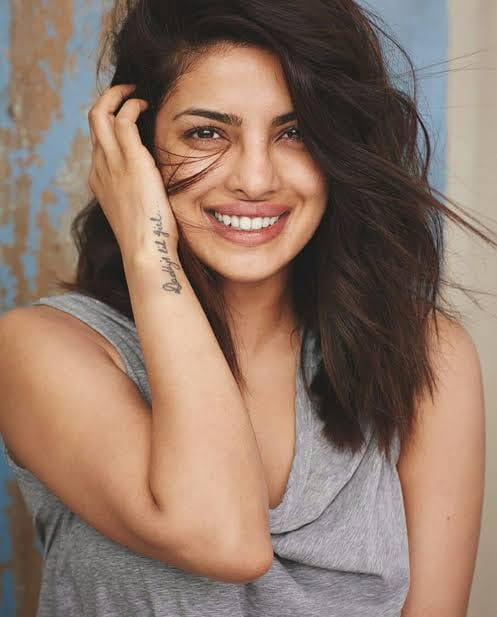 Priyanka Chopra natural  look