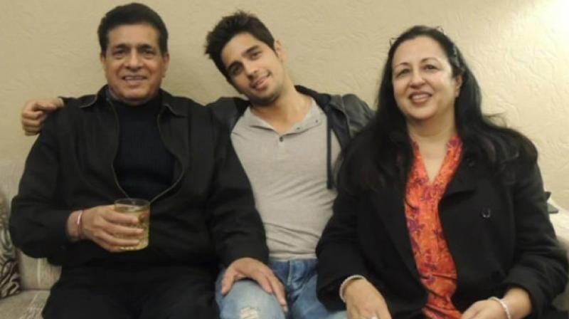 Siddharth Malhotra and His Father
