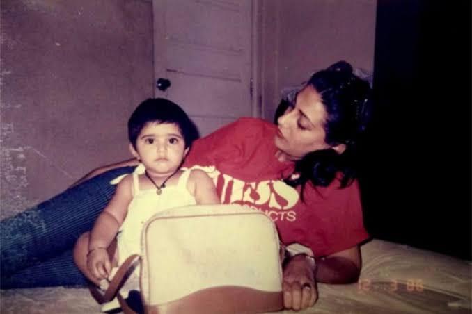 Sonam Kapoor childhood pics