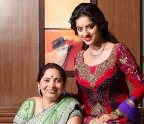 Deepika Singh with her Mother