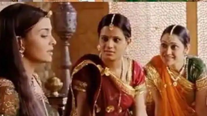 Disha Vakani in movie