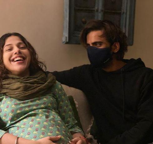Mohit Malik With Wife Addite