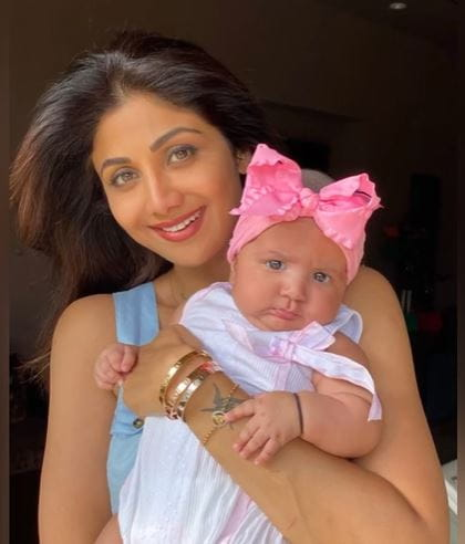 Shilpa Shetty With Her Daughter Samisha
