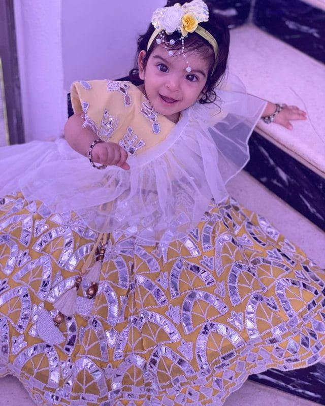 Jay Bhanushali And Mahhi Vij Daughter Tara