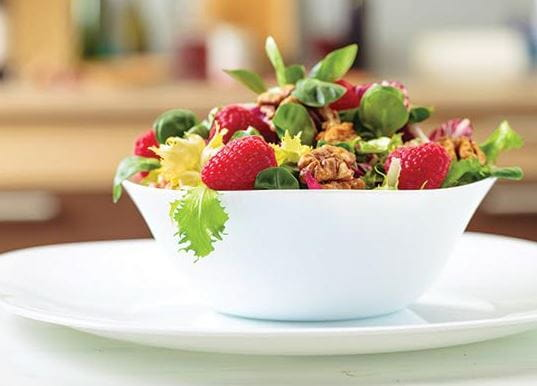 Leafy Salad With Walnut