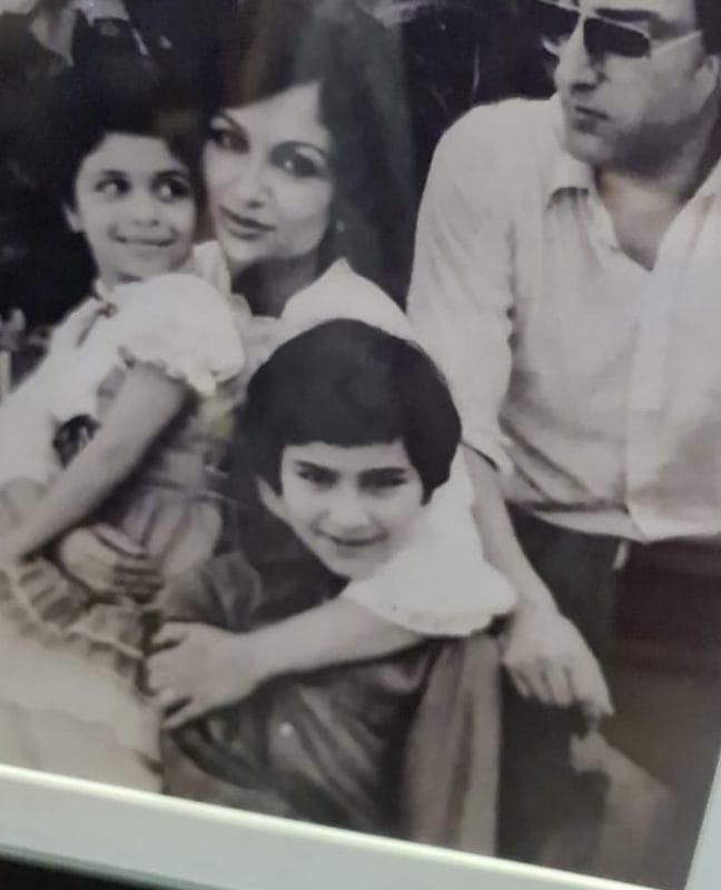Sara Ali Khan & Amrita Singh