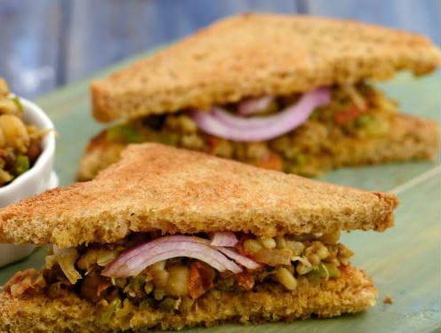 Mix Sprouts Sandwich
